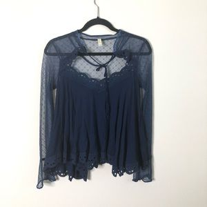 Free People lace sleeve scallop edge swing top